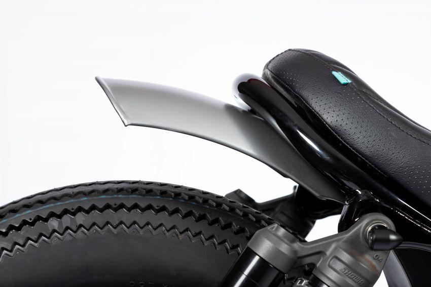 FCR Original transforms the Honda CMX1100 Rebel Image #1318207