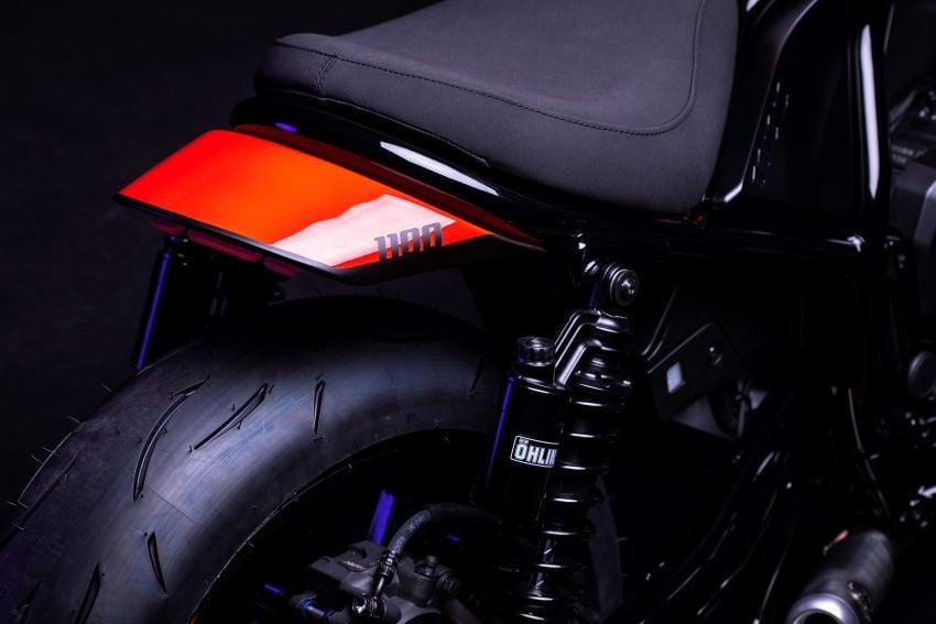 FCR Original transforms the Honda CMX1100 Rebel Image #1318154