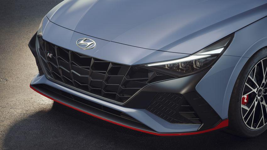 Hyundai Elantra N didedahkan – sedan prestasi dengan enjin 2.0L Turbo, berkuasa 280 PS/392 Nm! Image #1319276