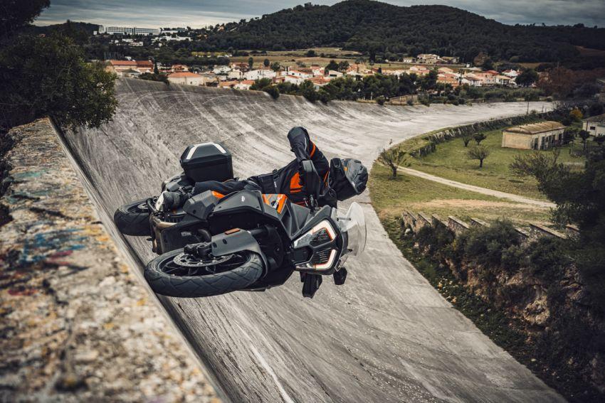 2021 KTM 1290 Super Adventure S in M'sia, RM132k Image #1324351