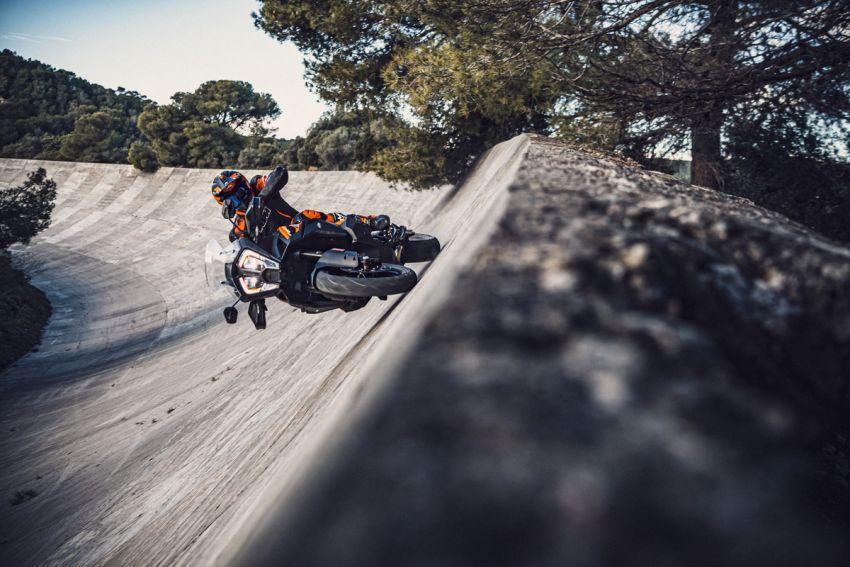 2021 KTM 1290 Super Adventure S in M'sia, RM132k Image #1324344