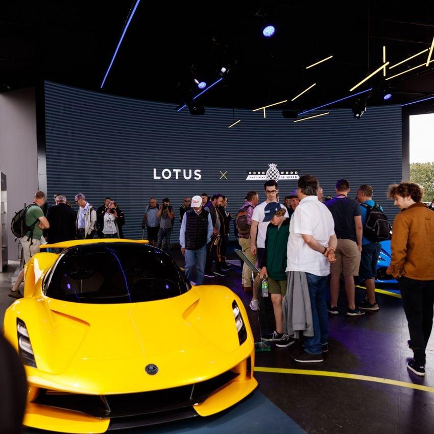 Lotus Emira makes dynamic debut at Goodwood fest Image #1318073