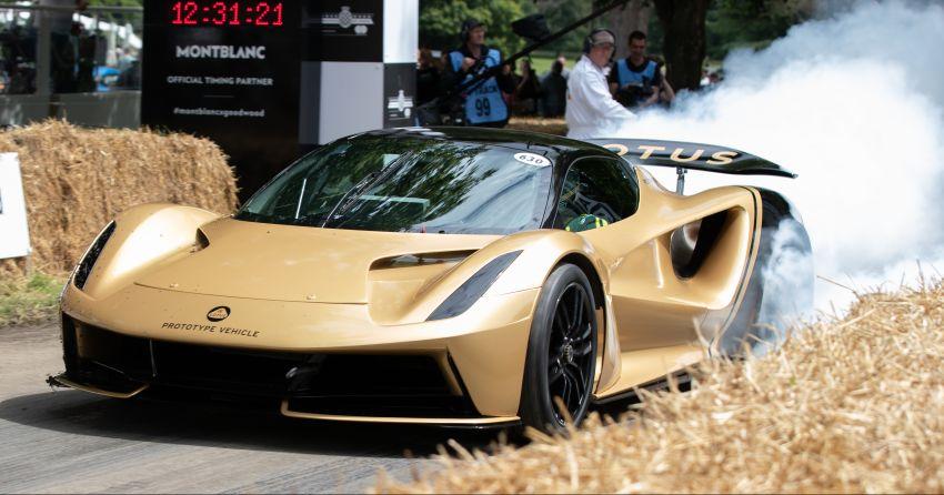 Lotus Emira makes dynamic debut at Goodwood fest Image #1318051