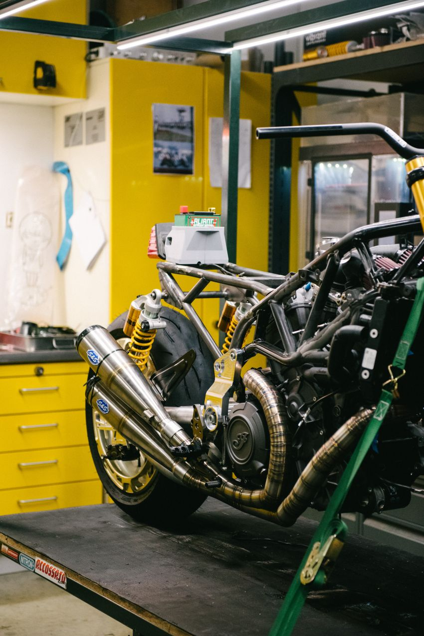 """Workhorse Speed Shop builds """"Black Swan"""" and """"FTR AMA"""", based on Indian Motorcycle FTR flat tracker Image #1323348"""
