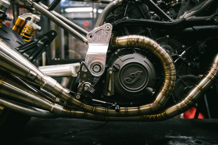 """Workhorse Speed Shop builds """"Black Swan"""" and """"FTR AMA"""", based on Indian Motorcycle FTR flat tracker Image #1323350"""