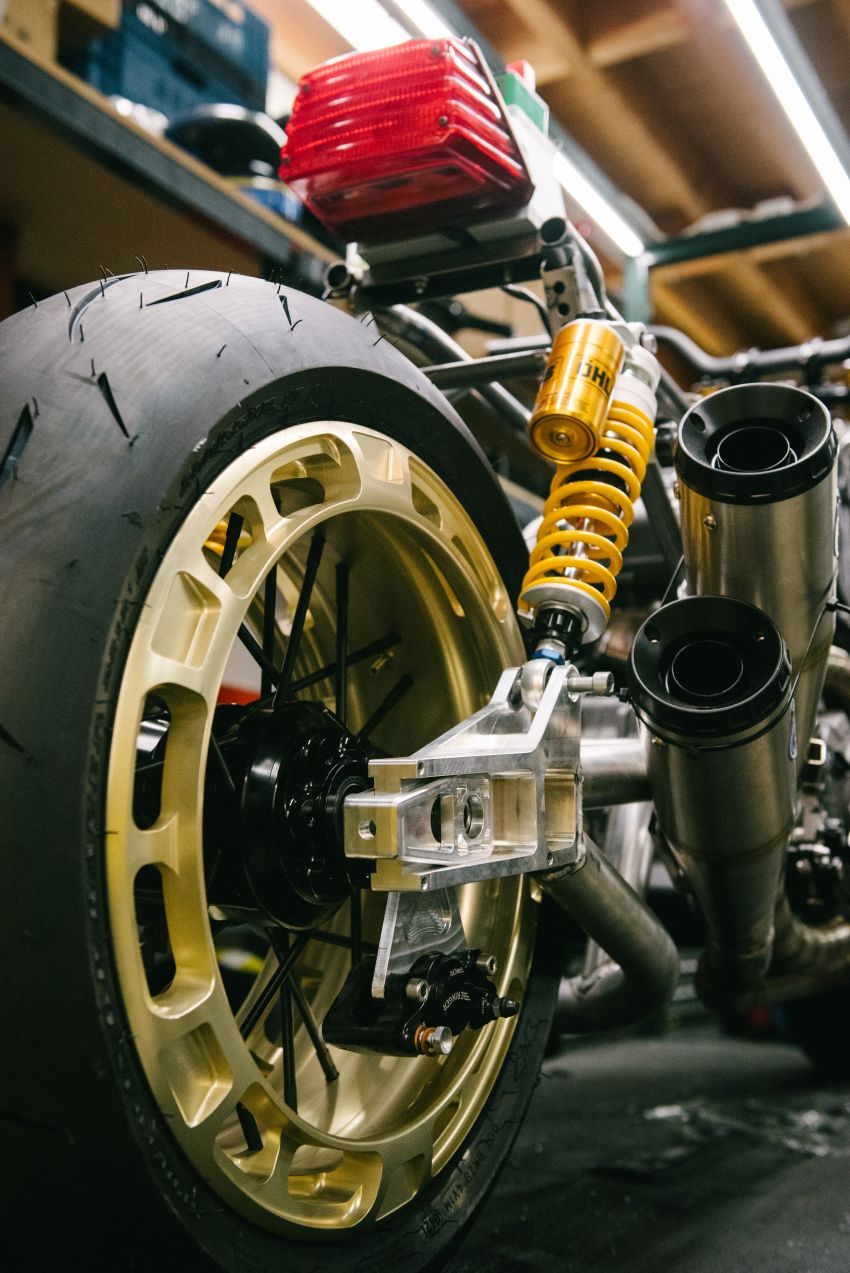 """Workhorse Speed Shop builds """"Black Swan"""" and """"FTR AMA"""", based on Indian Motorcycle FTR flat tracker Image #1323331"""