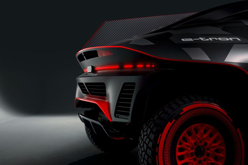 Audi RS Q e-tron – twin motor electric off-roader, TFSI engine to recharge battery; to race in 2022 Dakar Rally Image #1322871