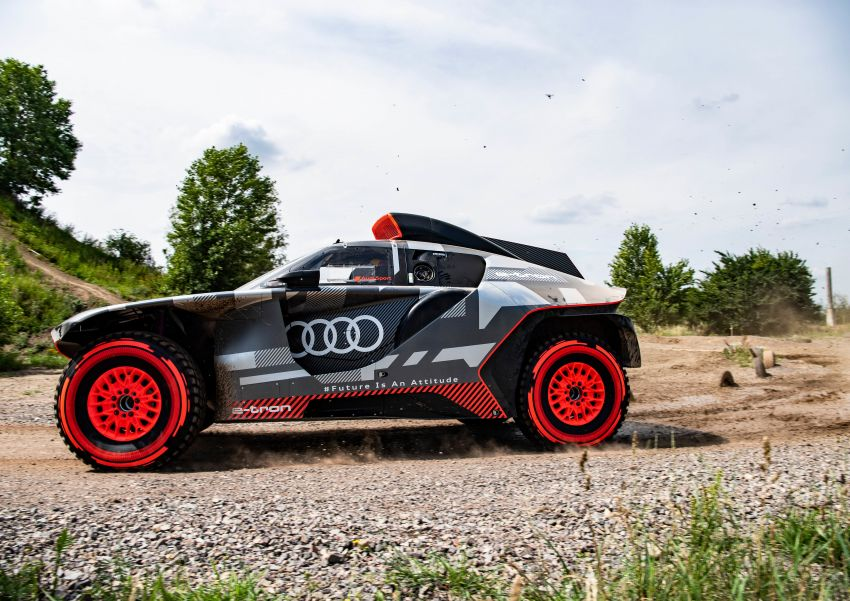 Audi RS Q e-tron – twin motor electric off-roader, TFSI engine to recharge battery; to race in 2022 Dakar Rally Image #1322849