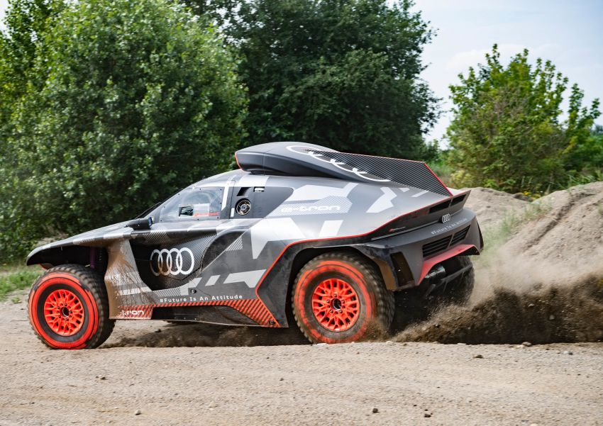Audi RS Q e-tron – twin motor electric off-roader, TFSI engine to recharge battery; to race in 2022 Dakar Rally Image #1322850