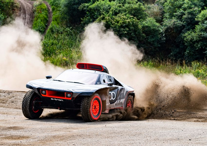 Audi RS Q e-tron – twin motor electric off-roader, TFSI engine to recharge battery; to race in 2022 Dakar Rally Image #1322856