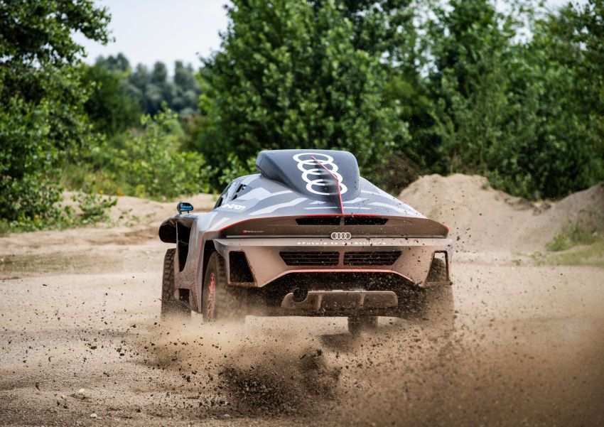 Audi RS Q e-tron – twin motor electric off-roader, TFSI engine to recharge battery; to race in 2022 Dakar Rally Image #1322861
