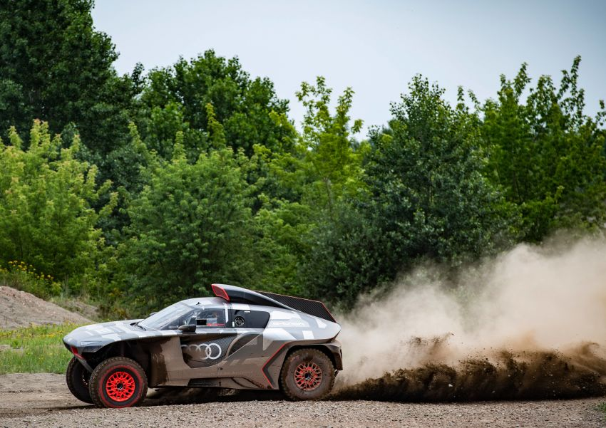 Audi RS Q e-tron – twin motor electric off-roader, TFSI engine to recharge battery; to race in 2022 Dakar Rally Image #1322867