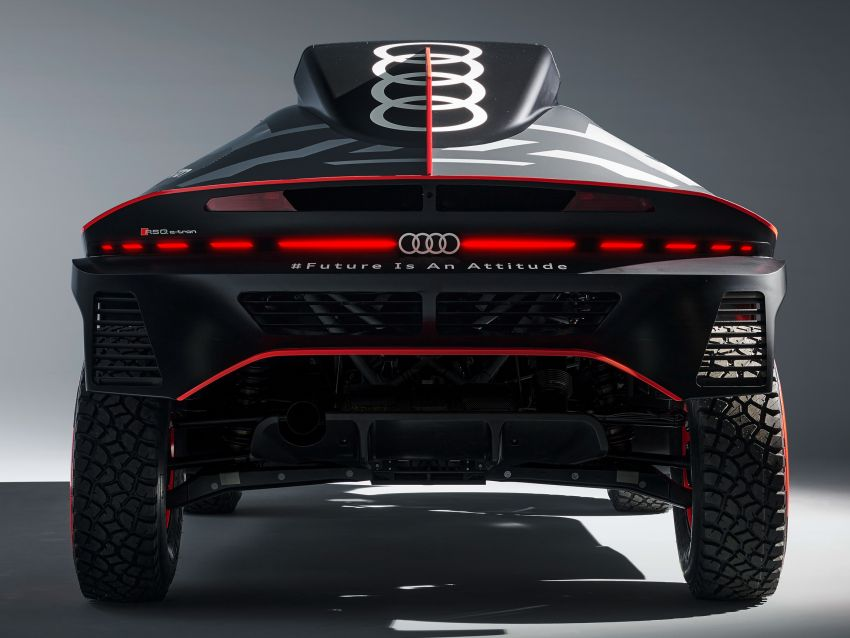 Audi RS Q e-tron – twin motor electric off-roader, TFSI engine to recharge battery; to race in 2022 Dakar Rally Image #1322876