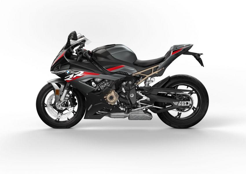 2022 BMW Motorrad S1000RR new colour, M Package – new colour schemes for S1000XR adventure-tourer Image #1314379
