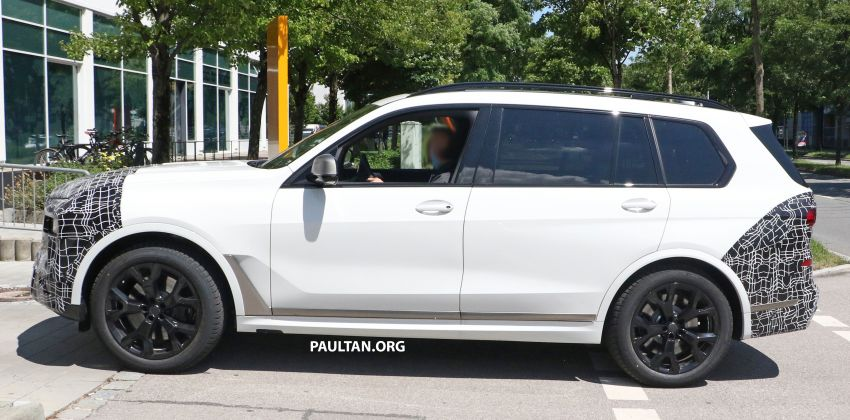 SPYSHOTS: BMW X7 LCI to come with split headlights Image #1315876