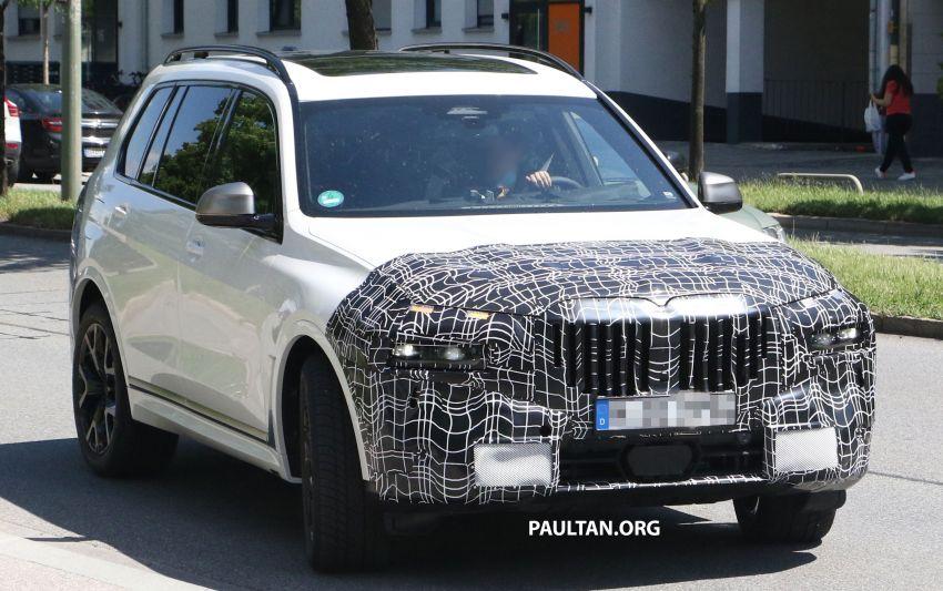 SPYSHOTS: BMW X7 LCI to come with split headlights Image #1315867