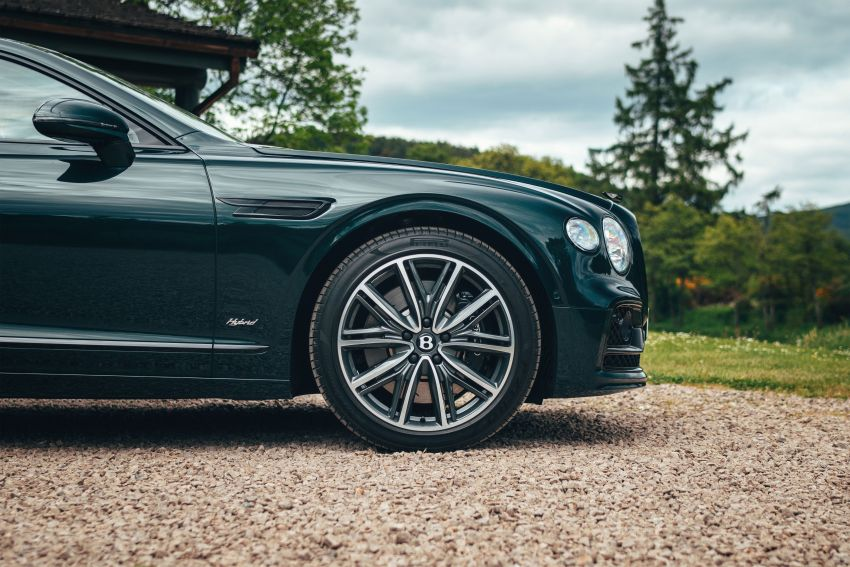 2022 Bentley Flying Spur Hybrid debuts: 2.9L V6 PHEV with 544 PS & 750 Nm; 14.1 kWh battery, 40 km  range Image #1316210