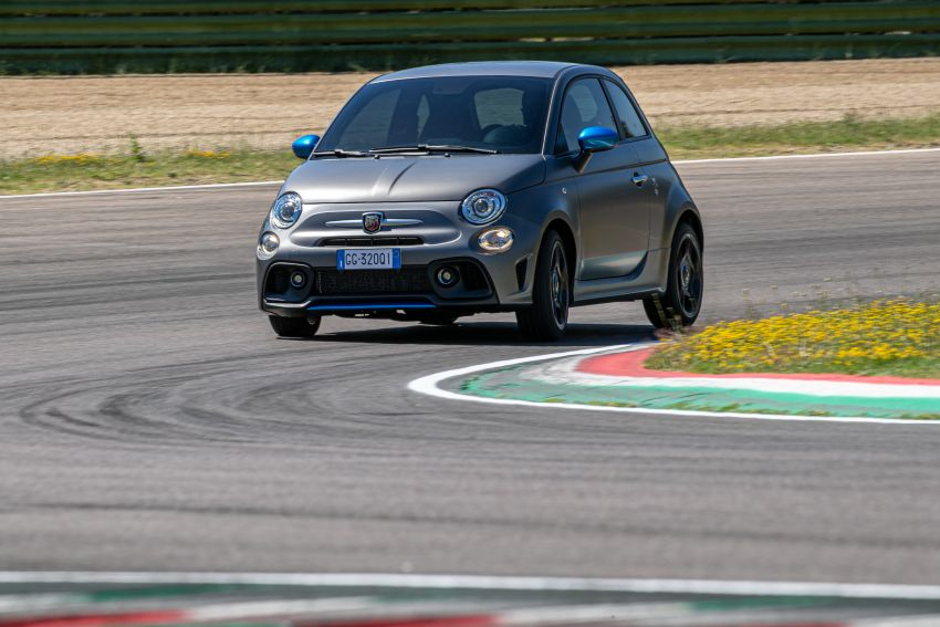 2022 Abarth F595 – 50th anniversary model with active exhausts, turbocharged 1.4L, from RM118k to RM141k Image #1319985