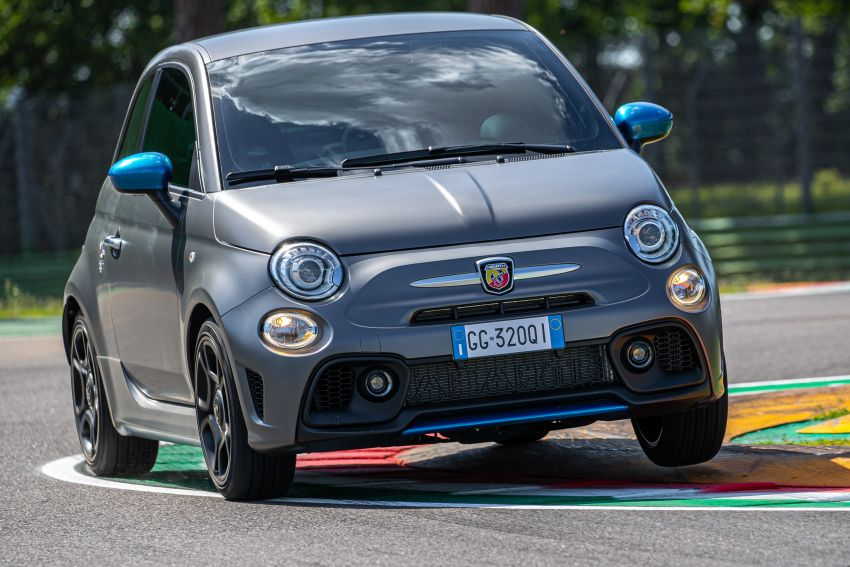 2022 Abarth F595 – 50th anniversary model with active exhausts, turbocharged 1.4L, from RM118k to RM141k Image #1319960
