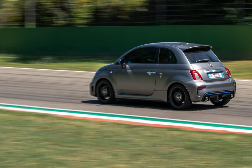 2022 Abarth F595 – 50th anniversary model with active exhausts, turbocharged 1.4L, from RM118k to RM141k Image #1319962