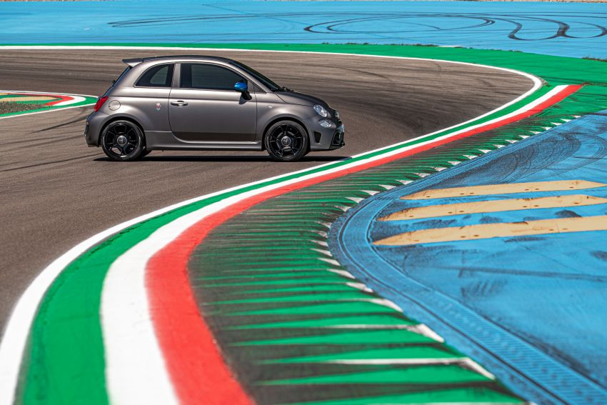 2022 Abarth F595 – 50th anniversary model with active exhausts, turbocharged 1.4L, from RM118k to RM141k Image #1319967