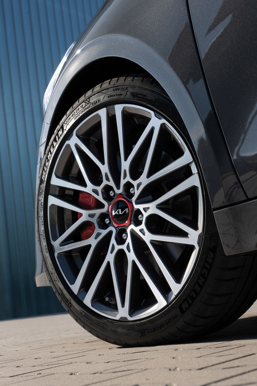 2022 Kia Ceed facelift unveiled – fresh exterior design with improved safety features, available in Q4 2021 Image #1319478