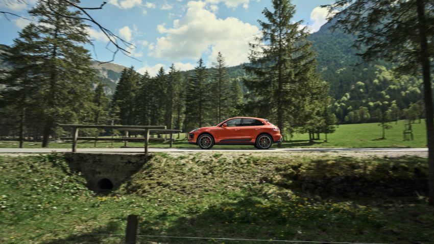 2022 Porsche Macan facelift – revised petrol SUV revealed with more power, minor aesthetic tweaks Image #1321221