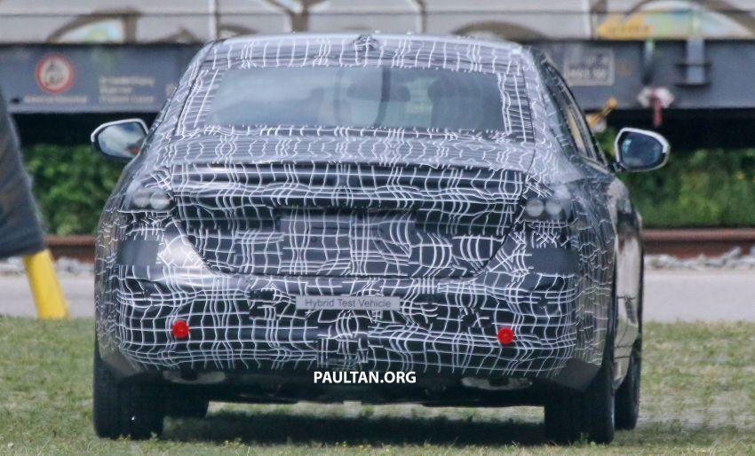 SPYSHOTS: 2024 G60 BMW 5 Series hybrid, EV seen Image #1315978