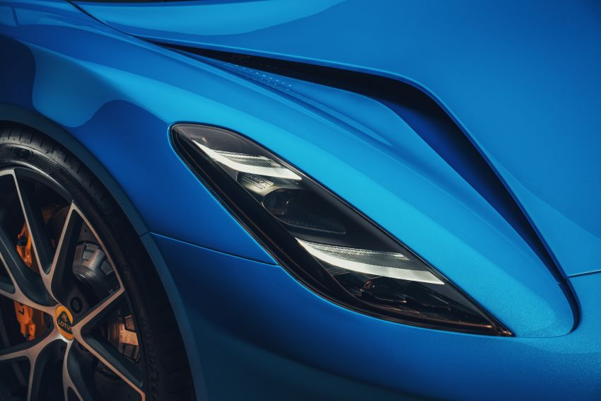 Lotus Emira debuts – 3.5L V6 and AMG 2.0L turbo four-cylinder; up to 400 hp, 430 Nm; manual, auto and DCT Image #1315828