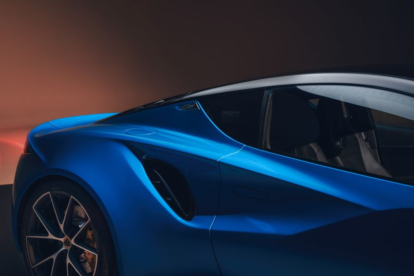 Lotus Emira debuts – 3.5L V6 and AMG 2.0L turbo four-cylinder; up to 400 hp, 430 Nm; manual, auto and DCT Image #1315831