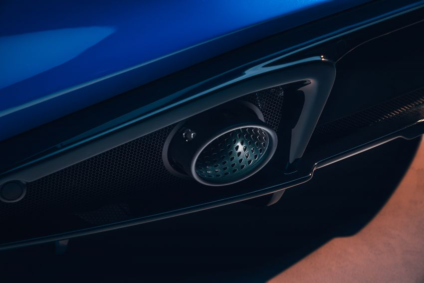 Lotus Emira debuts – 3.5L V6 and AMG 2.0L turbo four-cylinder; up to 400 hp, 430 Nm; manual, auto and DCT Image #1315836