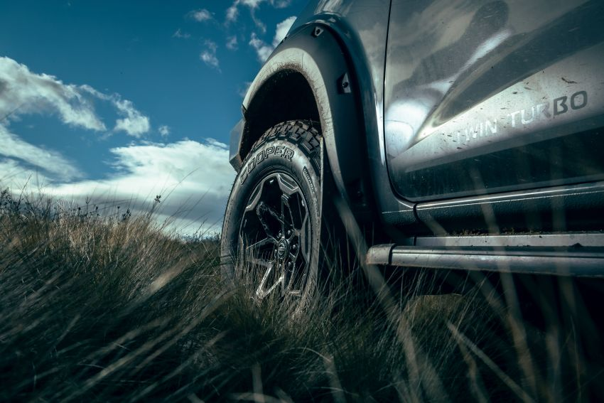 Nissan Navara Pro-4X Warrior launched in Australia – rugged pick-up with revised suspension, new styling Image #1314673