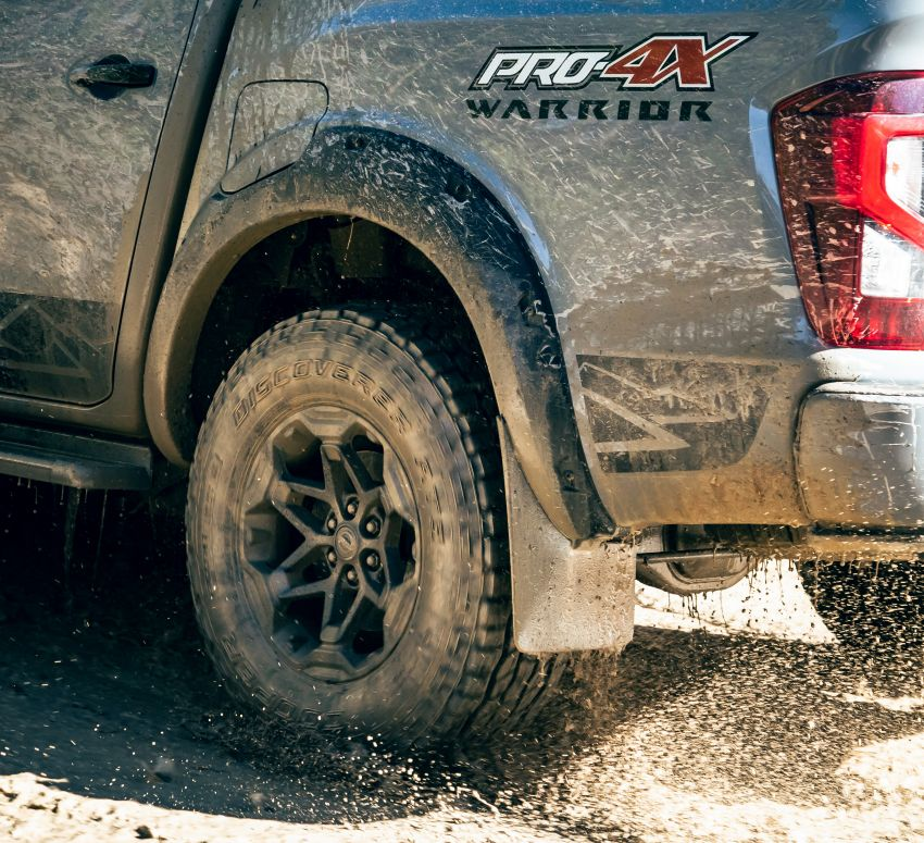 Nissan Navara Pro-4X Warrior launched in Australia – rugged pick-up with revised suspension, new styling Image #1314698