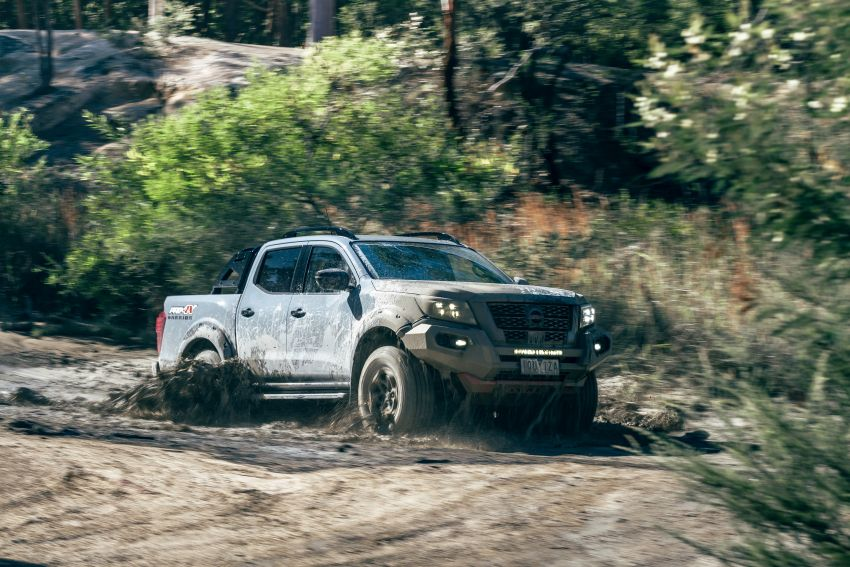 Nissan Navara Pro-4X Warrior launched in Australia – rugged pick-up with revised suspension, new styling Image #1314703