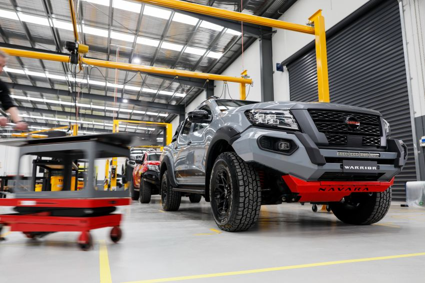 Nissan Navara Pro-4X Warrior launched in Australia – rugged pick-up with revised suspension, new styling Image #1314708