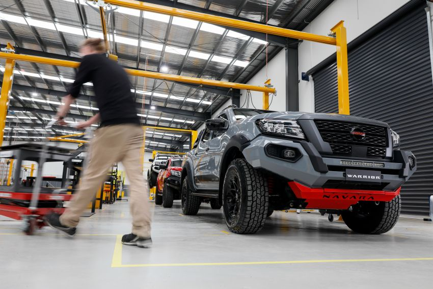 Nissan Navara Pro-4X Warrior launched in Australia – rugged pick-up with revised suspension, new styling Image #1314711