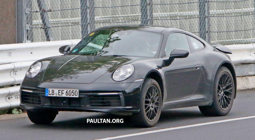 SPYSHOTS: Porsche 911 'Safari' seen testing on track Image #1318169