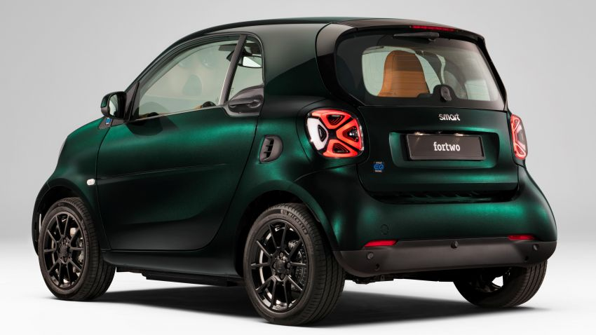 2021 smart EQ fortwo Racing Green Edition unveiled Image #1321801