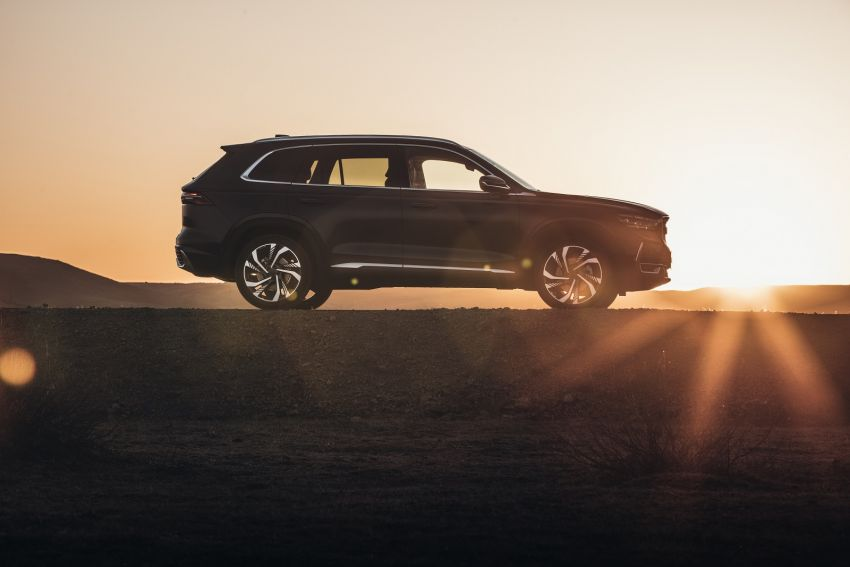 Geely Xingyue L flagship SUV officially launched in China – 2.0T, L2 autonomous, hybrid coming soon Image #1321724