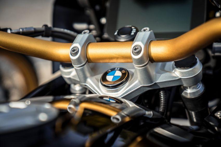 Harga barisan model BMW R1250 GS 2021 di Malaysia didedah – semuanya ada tujuh versi, dari RM120k Image #1333484