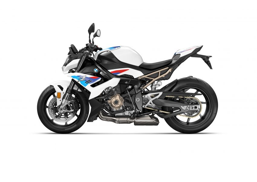 2021 BMW Motorrad S1000R naked sports launched in Malaysia, Style Sport at RM105k, M Package at RM120k Image #1336940