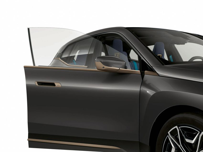 BMW iX xDrive40 EV SUV launched in Malaysia – CBU, 322 hp and 630 Nm, 425 km range, priced from RM420k Image #1335921