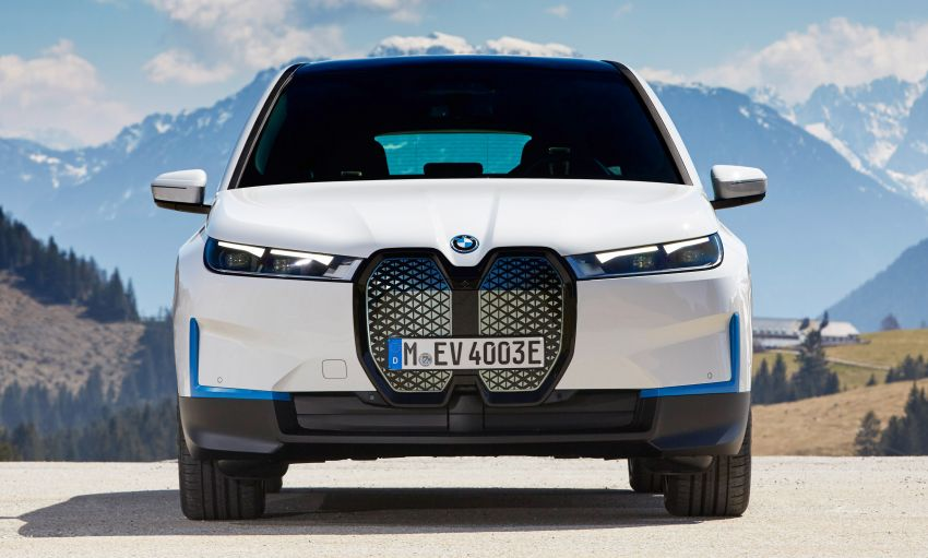 BMW iX xDrive40 EV SUV launched in Malaysia – CBU, 322 hp and 630 Nm, 425 km range, priced from RM420k Image #1335902