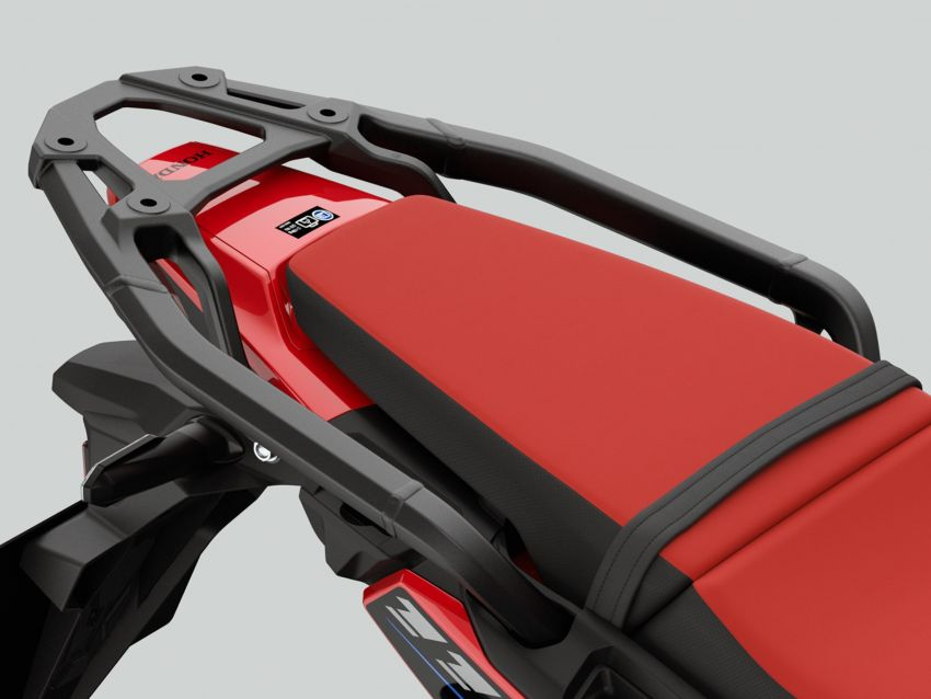 2022 Honda CRF1100L Africa Twin and Africa Twin Adventure Sports updated – rear carrier, lower screen Image #1337182