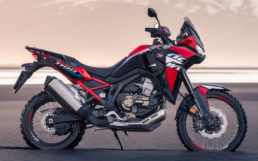 2022 Honda CRF1100L Africa Twin and Africa Twin Adventure Sports updated – rear carrier, lower screen Image #1337186