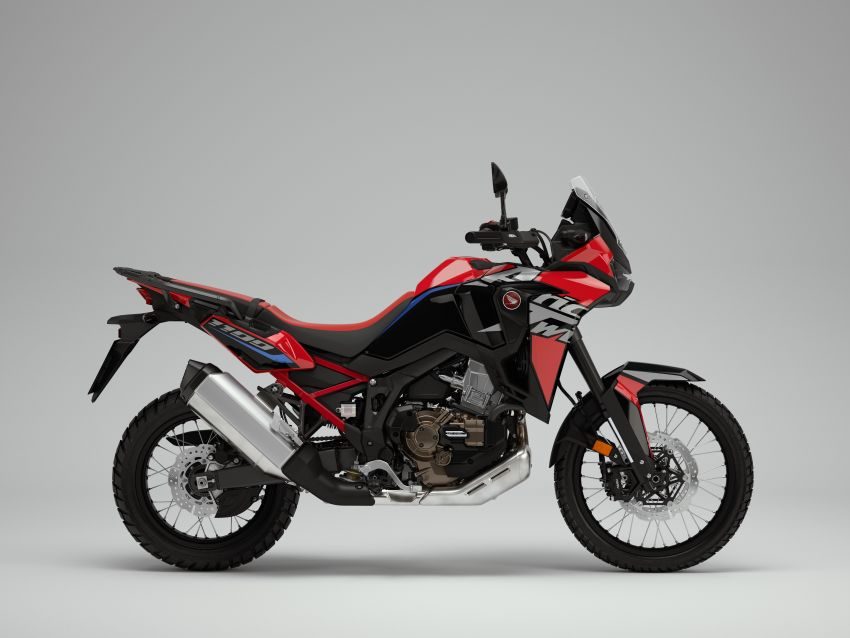 2022 Honda CRF1100L Africa Twin and Africa Twin Adventure Sports updated – rear carrier, lower screen Image #1337165