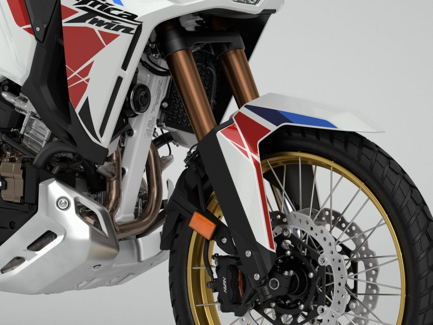 2022 Honda CRF1100L Africa Twin and Africa Twin Adventure Sports updated – rear carrier, lower screen Image #1337214
