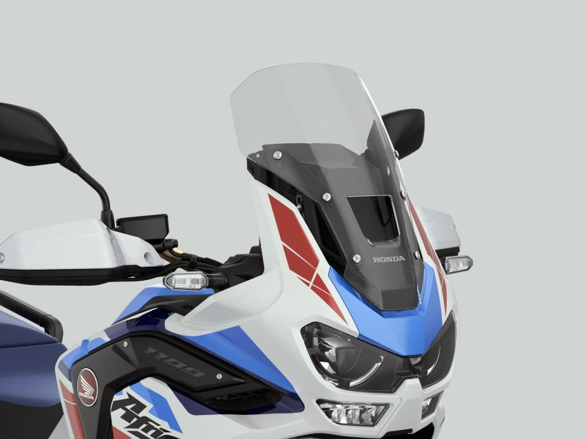 2022 Honda CRF1100L Africa Twin and Africa Twin Adventure Sports updated – rear carrier, lower screen Image #1337215
