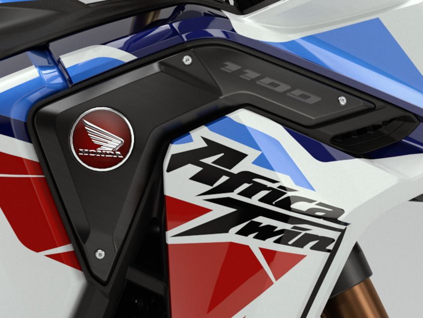 2022 Honda CRF1100L Africa Twin and Africa Twin Adventure Sports updated – rear carrier, lower screen Image #1337216