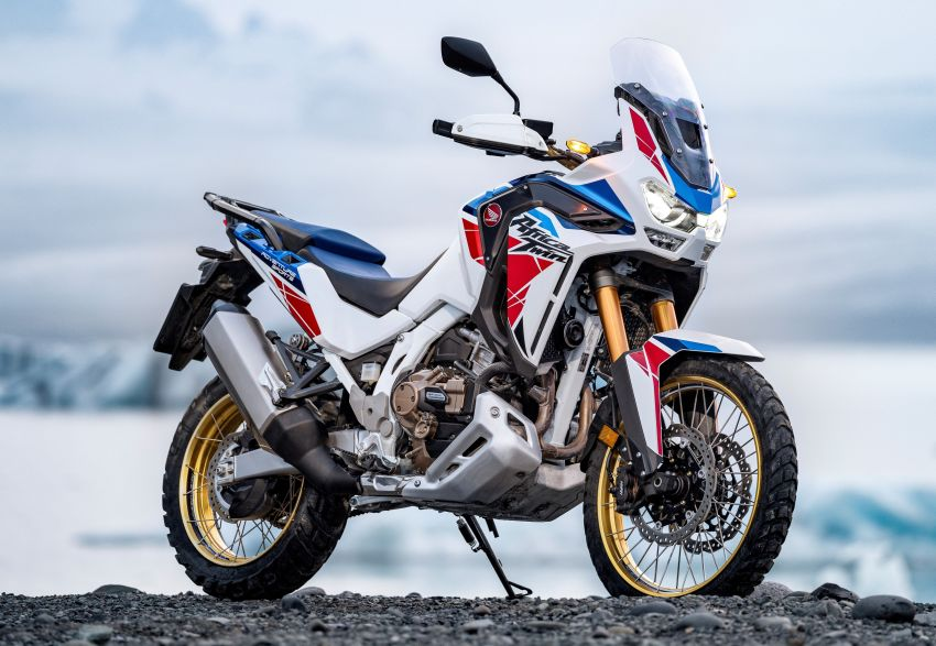 2022 Honda CRF1100L Africa Twin and Africa Twin Adventure Sports updated – rear carrier, lower screen Image #1337201